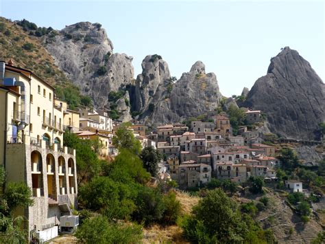 Castelmezzano - Village in Italy - Thousand Wonders