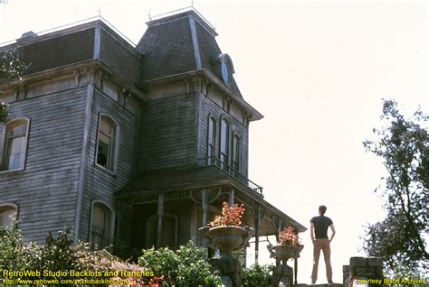 Universal City : An Image Gallery - Psycho House and Bates