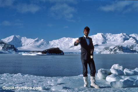 Thumbnails - Base - Free use pictures of Antarctica