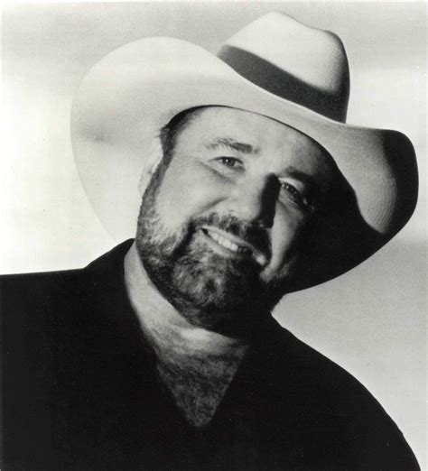 Johnny Lee Radio: Listen to Free Music & Get The Latest