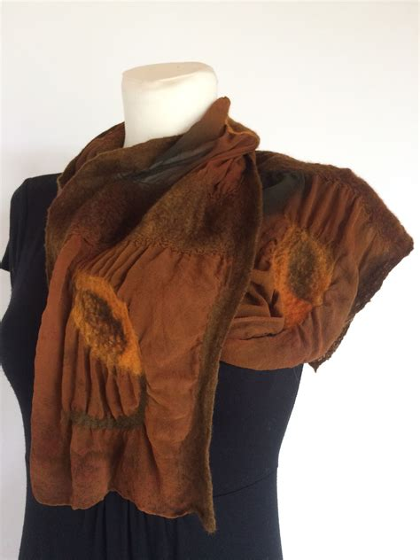 Pin by balsva on Felted scarf | Felted scarves, Fashion, Scarf