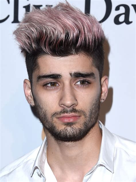 Turns out, Zayn looks mega handsome even with pink hair