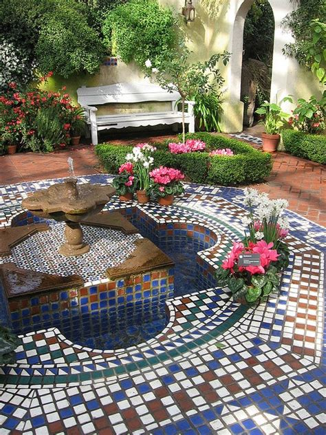 mosaic water features   http://lomets