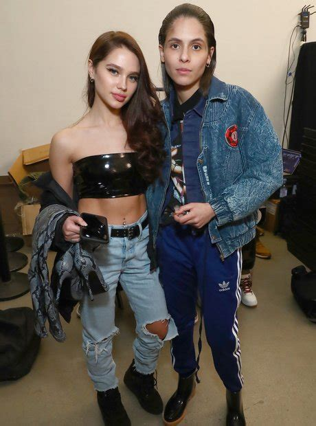 Who is 070 Shake dating? - 14 Things You Need To Know